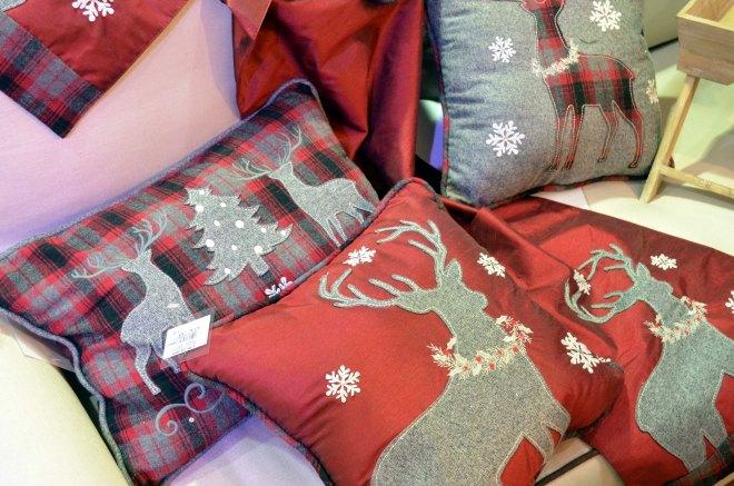 pic 6 - rustic cushions