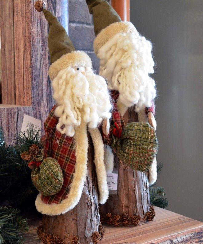 pic 7 - rustic santa)